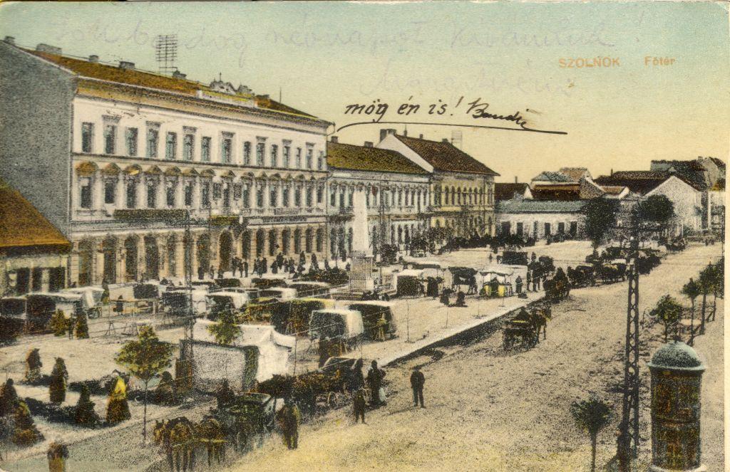 Szolnok Kossuth tér - képeslaptár